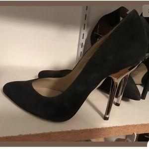 Pointy toe heels